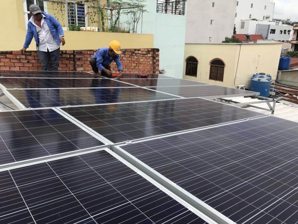 Thi công điện mặt trời Solar Thịnh Vượng