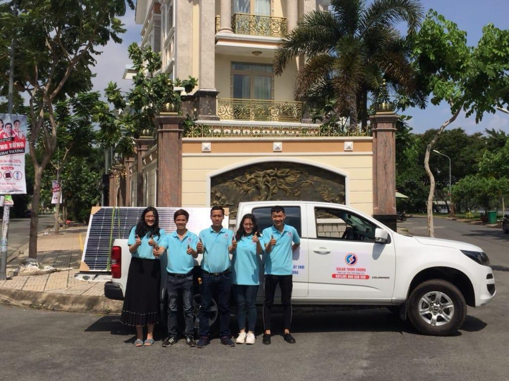 Đội ngũ Solar Thịnh Vượng tư vấn lắp đặt điện mặt trời
