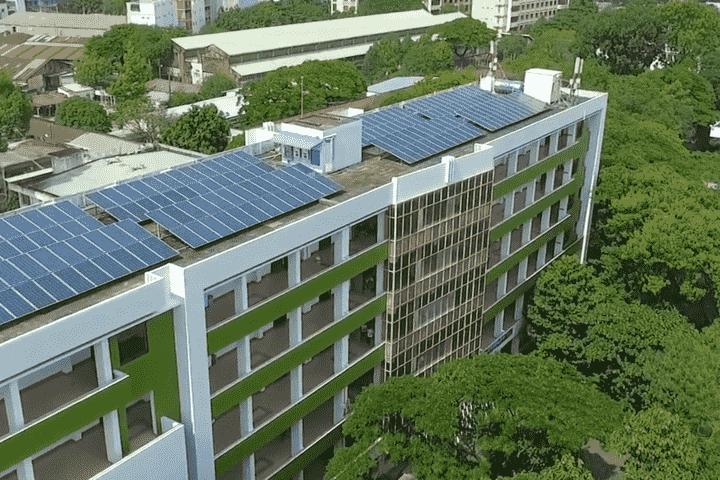 Điện mặt trời cho trường học