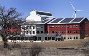 Lắp đặt điện mặt trời cho văn phòng công ty