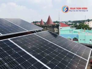 Điện mặt trời mái tôn - Trường THPT Củ Chi