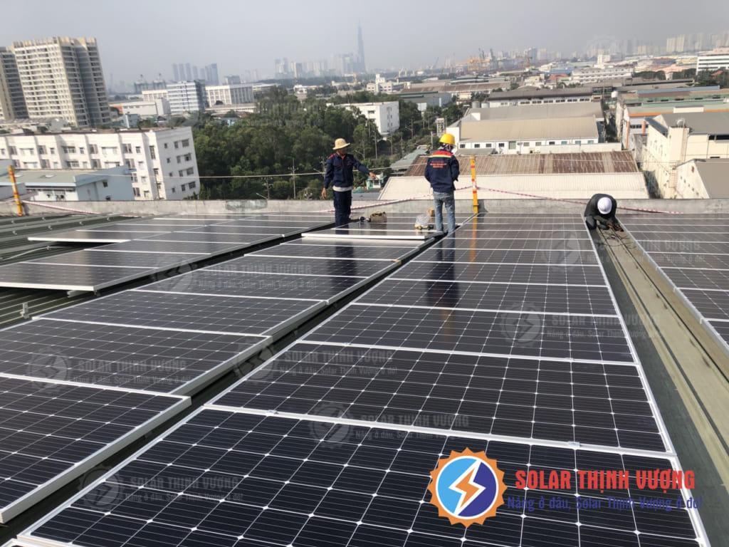 Thi công Công trình điện mặt trời áp mái cho nhà xưởng Q.7
