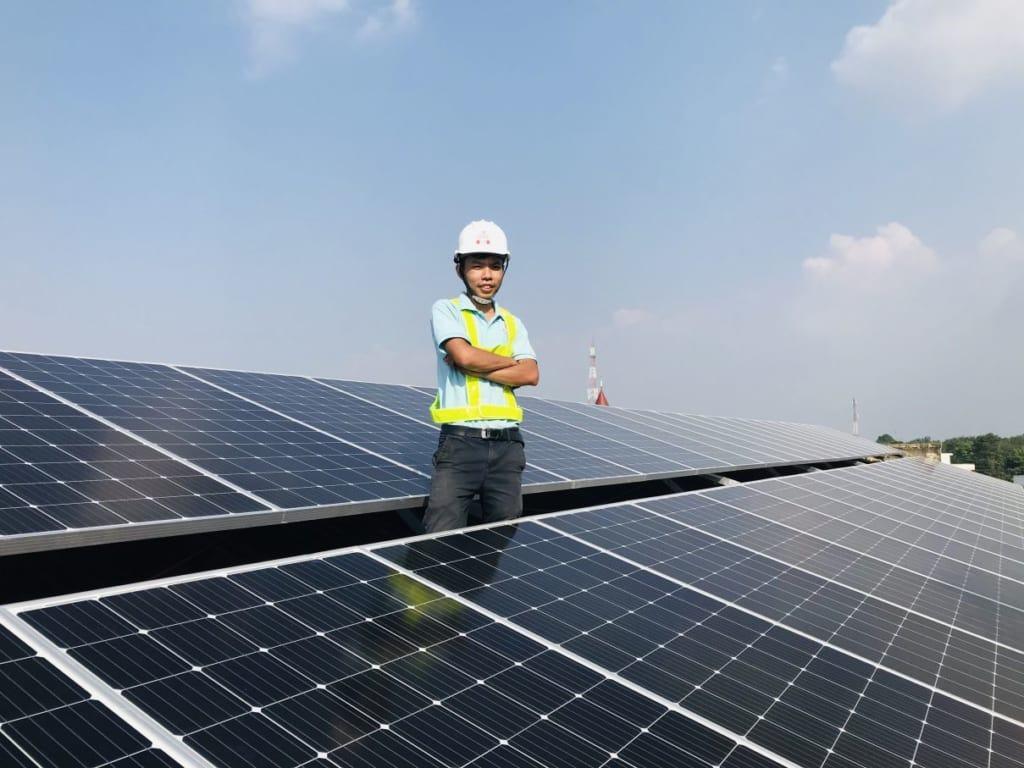Lắp đặt điện năng lượng mặt trời